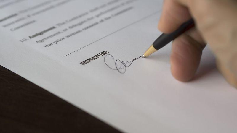 契約書を結ぶ流れ